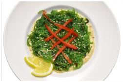Салат   Чуко с ореховым соусом